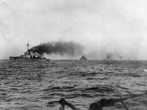 Seydlitz leading the German battlecruisers into internment; Moltke is the second ship in the line